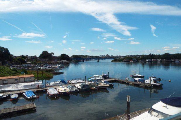 Riverdene Place, Southampton SO18