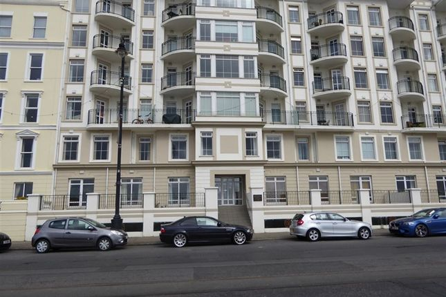Thumbnail Flat to rent in Queens Apartments, Harris Promenade, Douglas