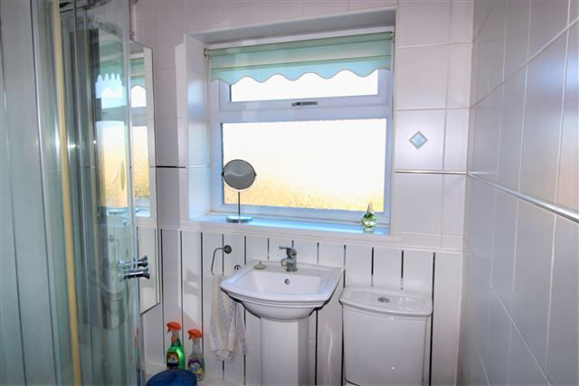Bathroom of Chestnut Avenue, Handsworth, Sheffield S9
