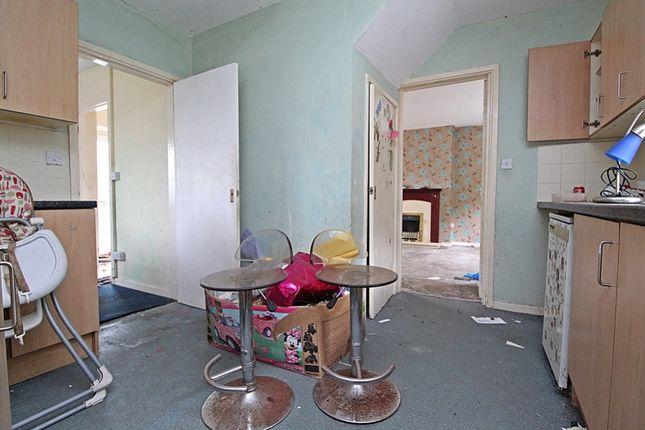 Kitchen (3) of Treneol, Cwmaman, Aberdare CF44