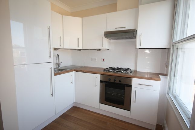 1 bed flat to rent in Park Road, Kingston Upon Thames