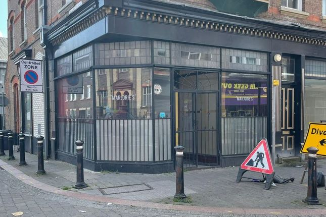 Thumbnail Retail premises for sale in High Town Road, Luton