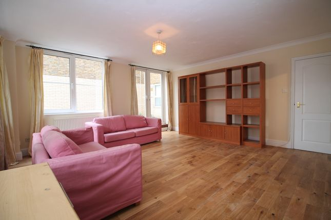 Thumbnail Flat to rent in Regents Canal House, Commercial Road, Limehouse