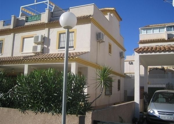 2 bed property for sale in 2 Bedroom House In Algorfa, Alicante, Spain