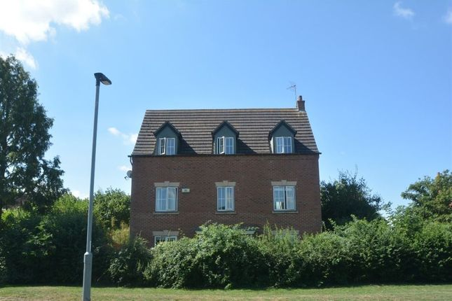 Thumbnail Property to rent in Gretton Close, Botolph Green, Peterborough
