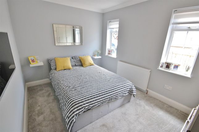 Bedroom Two of Chestnut Avenue, Kirby Cross, Frinton-On-Sea CO13