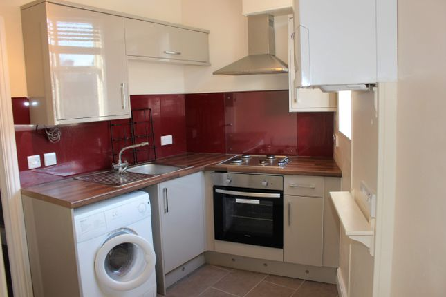 2 bed maisonette to rent in Coburn Place, Newland Street, Derby