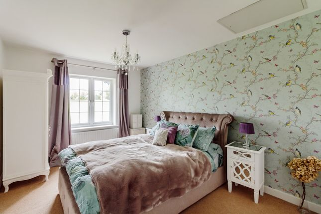Thumbnail Flat to rent in Meadow View, St. Albans