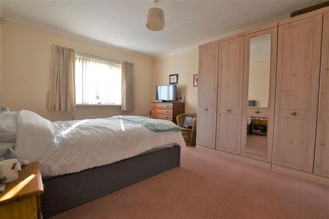 Bedroom 1 of Kilvelgy Park, Kilgetty SA68
