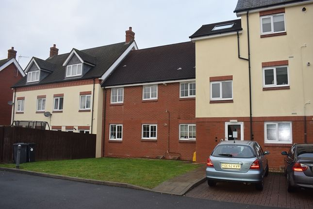 Thumbnail Flat to rent in Land Oak Court, Birmingham Road, Kidderminster, Worcestershire.
