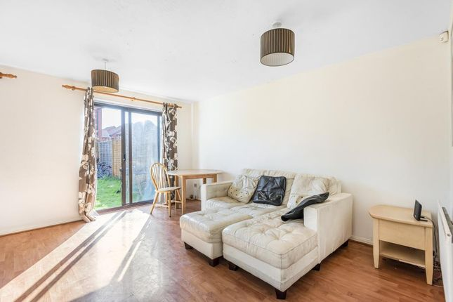 Living Room of Yarrow Close, Greater Leys OX4, Oxford,
