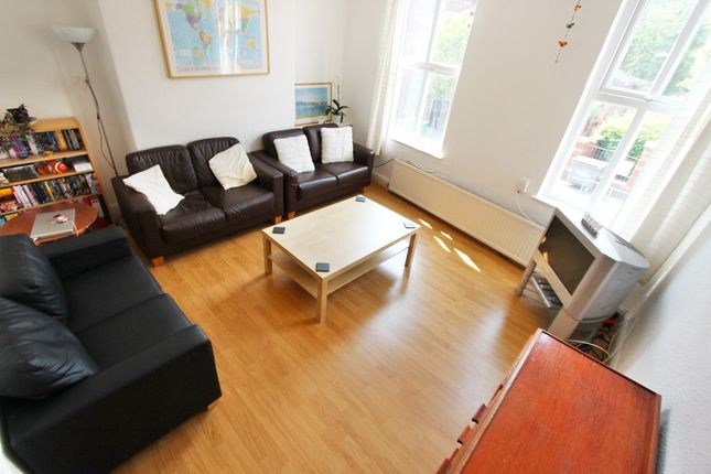 Thumbnail Flat to rent in Cavendish Road, West Didsbury, Manchester