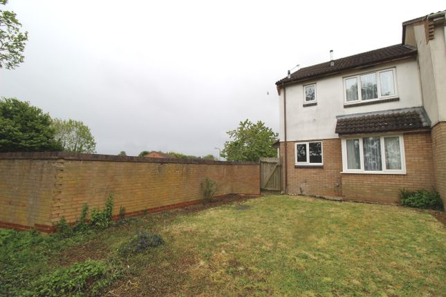 End terrace house to rent in Glyndebourne Gardens, Banbury