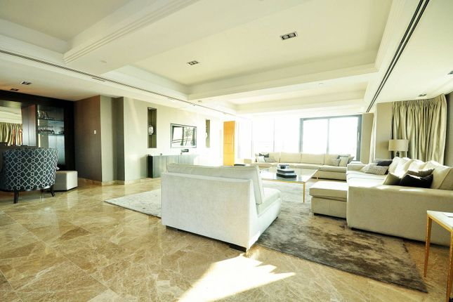 Thumbnail Flat to rent in Millharbour, Canary Wharf, London