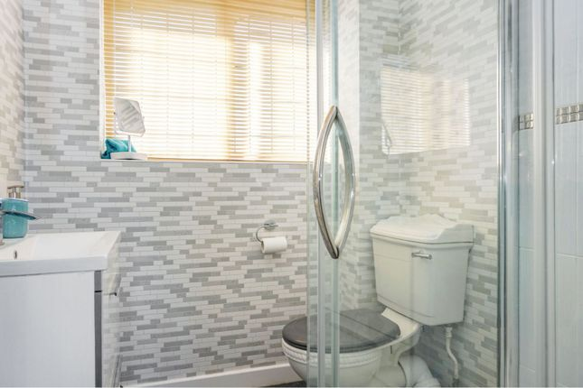 Master En-Suite of Cranmer Grove, Sutton Coldfield B74