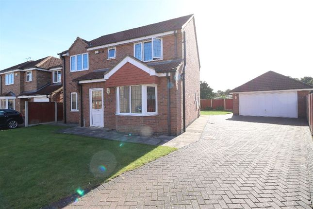 4 bed property for sale in St. Martins Park, Owston Ferry, Doncaster