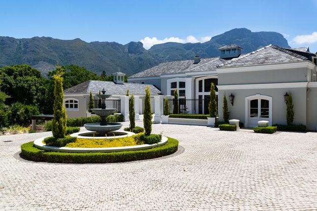 Photo of Spilhaus Avenue, Constantia, Cape Town, Western Cape, South Africa