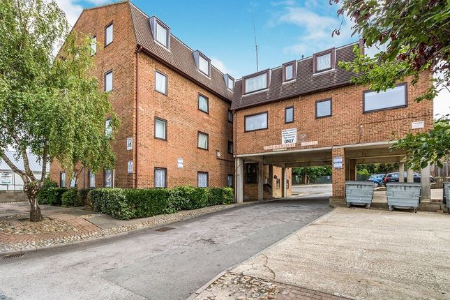 2 bed flat for sale in Ethel Maud Court, Richmond Road, Gillingham, Kent ME7