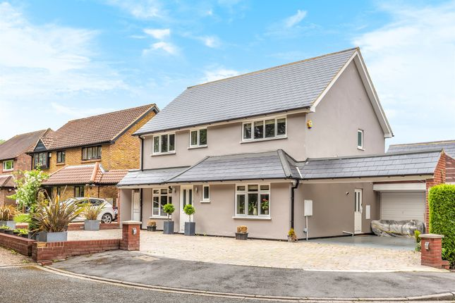 Detached house for sale in Barnards Place, South Croydon