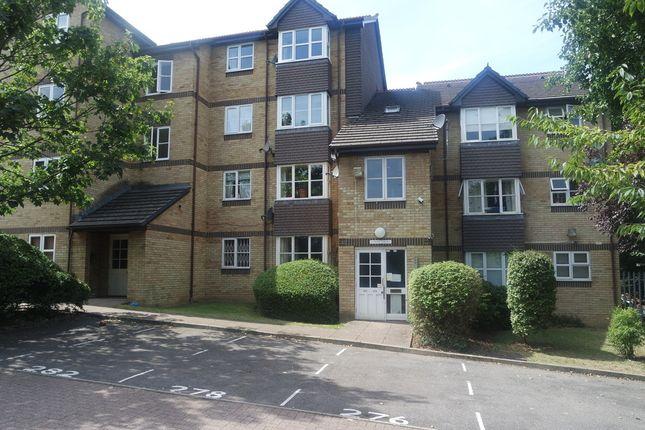 Thumbnail Flat to rent in Stubbs Drive, South Bermondsey