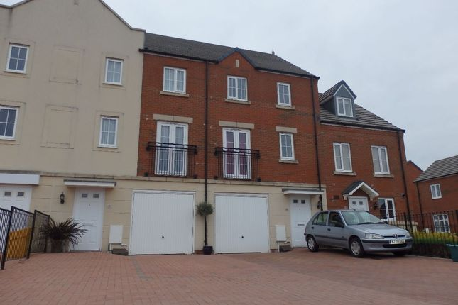 Thumbnail Terraced house for sale in Stryd Bennett, Llanelli