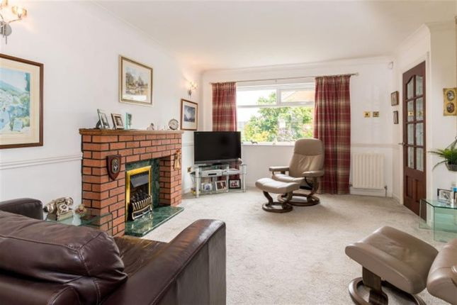 Living Room of Smalewell Green, Pudsey LS28