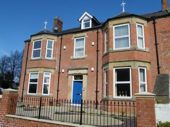 2 bed flat to rent in Church View, Hurworth DL2