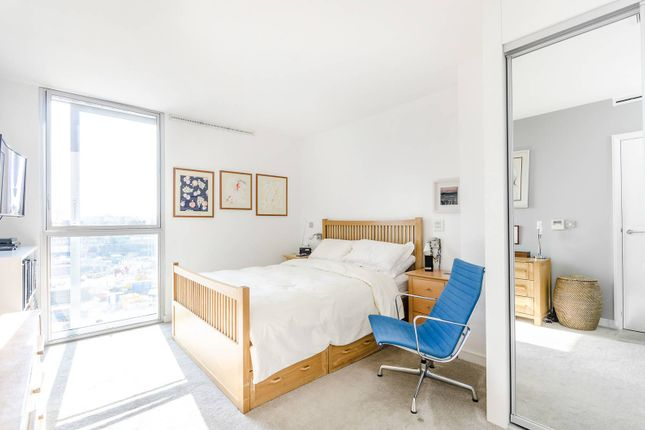 Thumbnail Flat to rent in Bermondsey Wall West, Shad Thames