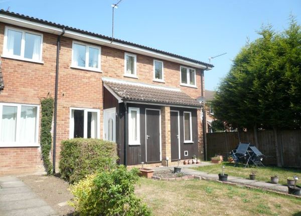 Thumbnail Terraced house to rent in Penn Road, Datchet