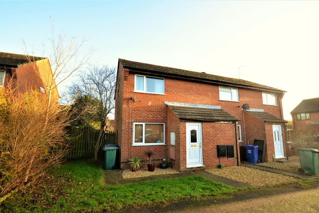 2 bed property for sale in Lerwick Croft, Bicester
