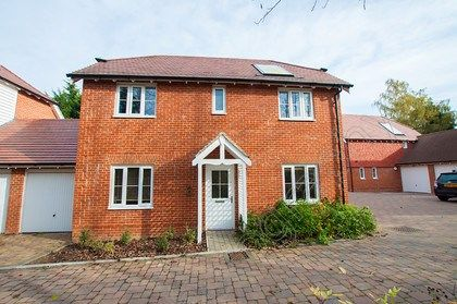 Thumbnail Detached house for sale in Yates Gardens, West Malling