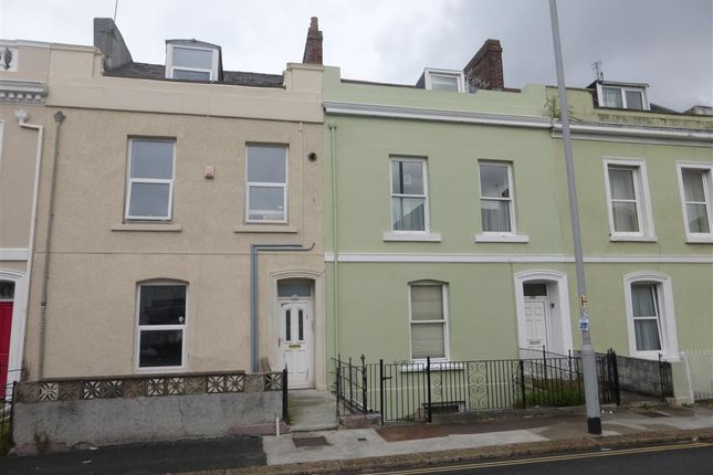 Thumbnail Flat to rent in North Road West, Plymouth