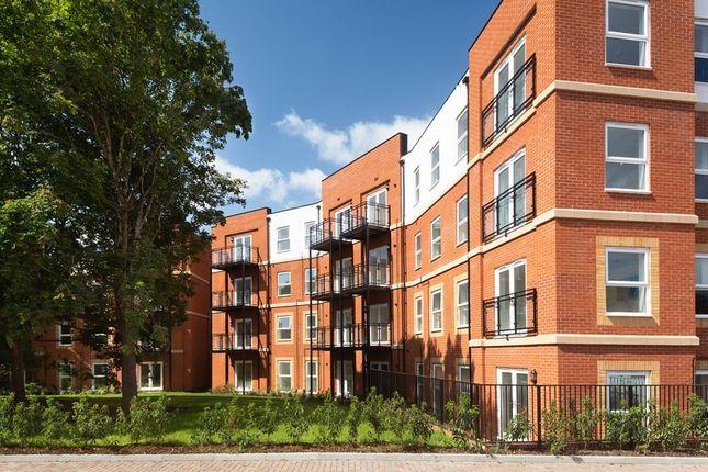 8005-05_Bh_Cricket_Field_Grove_Crowthorne_Apartments