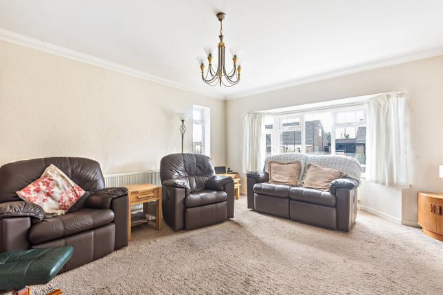 Sitting Room of St David's Road, Clanfield PO8