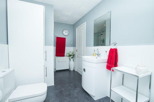 Bathroom of Haigh Side Drive, Rothwell, Leeds LS26