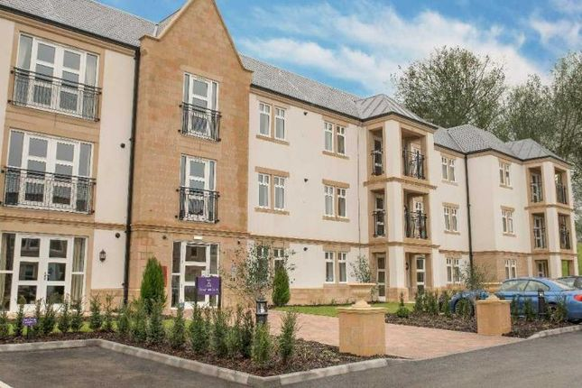 Thumbnail Flat for sale in 17 Devonshire Court, Audley St Elphin's Park, Dale Road South, Darley Dale, Matlock