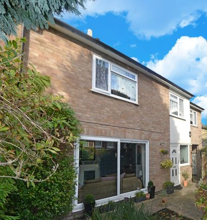 Thumbnail Detached house for sale in Green Drift, Royston