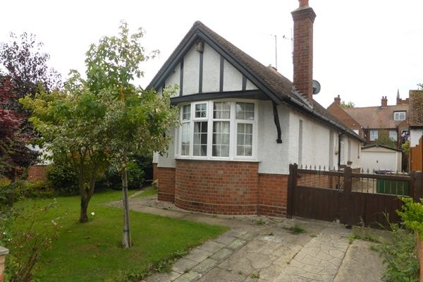 Thumbnail Detached bungalow for sale in Narrabeen Road, Folkestone