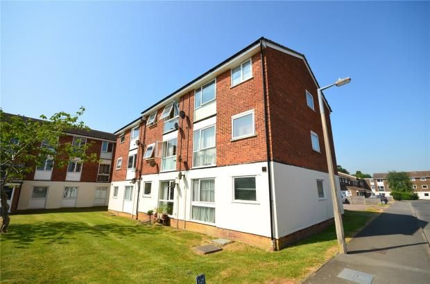 Thumbnail Flat for sale in Ross Close, Saffron Walden, Essex