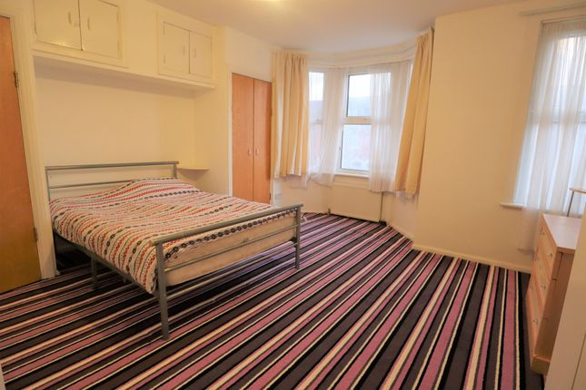Thumbnail Semi-detached house to rent in St. Awdrys Road, Barking, Essex IG117Qd