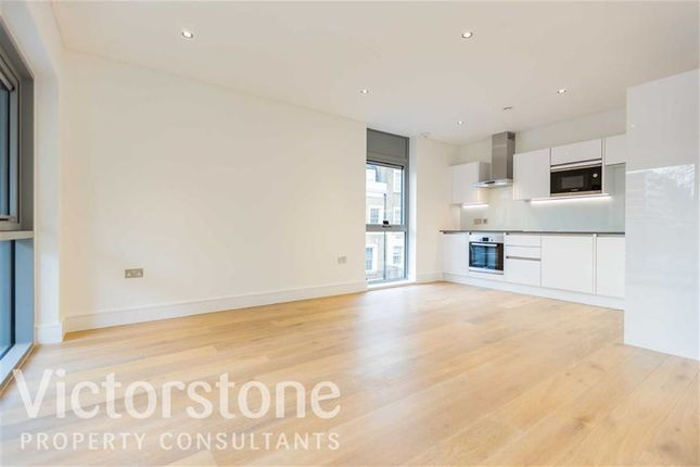 2 bed flat to rent in Parr Street, Shoreditch, London