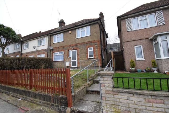 End terrace house to rent in Sturgess Ave, Hendon Central