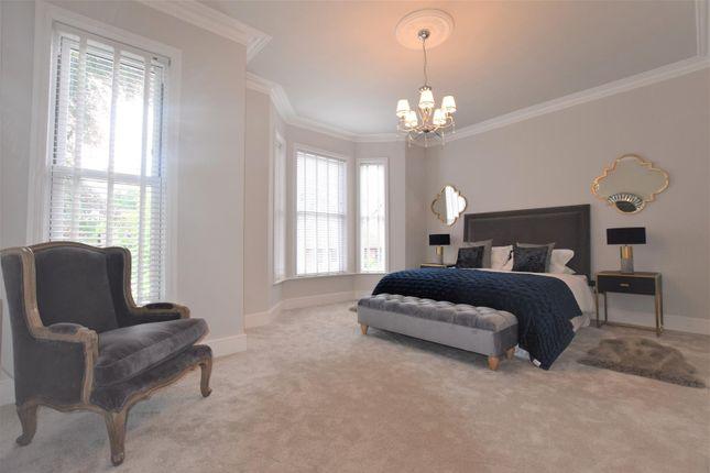 Master Bedroom of Northen Grove, West Didsbury, Didsbury, Manchester M20
