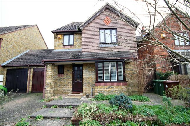 Thumbnail Detached house for sale in Fishers Close, Bushey