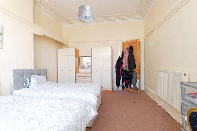 Picture No. 07 of Herriet Street, Glasgow, Lanarkshire G41