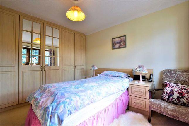 Bedroom of Albert Close, North Grays, Essex RM16