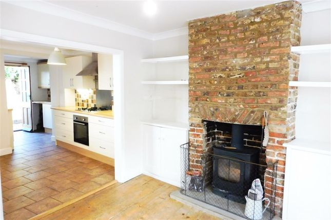 Thumbnail Semi-detached house to rent in Waterloo Place, Lewes
