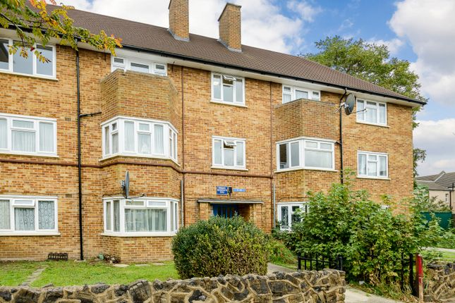 Thumbnail Flat for sale in Holmwood Road, Enfield
