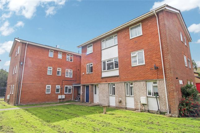 3 bed flat for sale in Magdalene Lawn, Barnstaple EX32