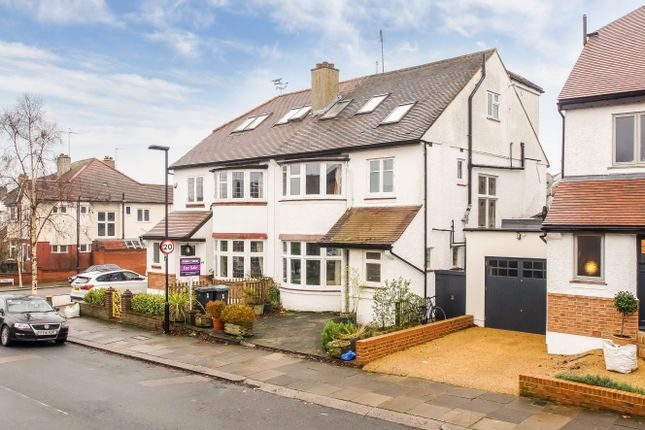 Thumbnail Link-detached house for sale in Grosvenor Road, Muswell Hill